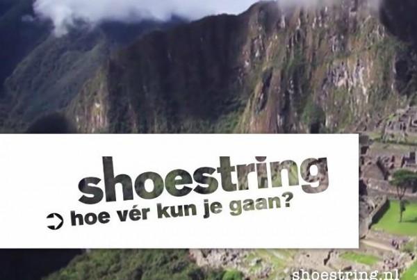 Daniel Smulders is de voice over van de bilboards en breakbumpers van Shoestring